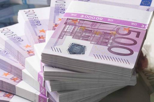Dansatoare din Gorj, trimisă în judecată pentru că ar fi înșelat un italian de 71 de ani cu 780.000 de euro!