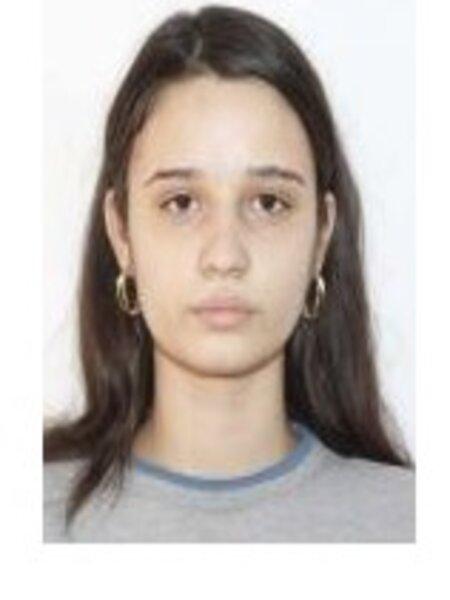 O fată, de 15 ani, din Târgu Jiu, este căutată de polițiști, după ce a dispărut fără urmă de acasă
