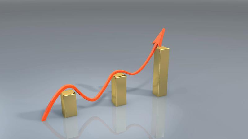 Economia a crescut în primul trimestru cu 2,8%, mult peste așteptările economiștilor