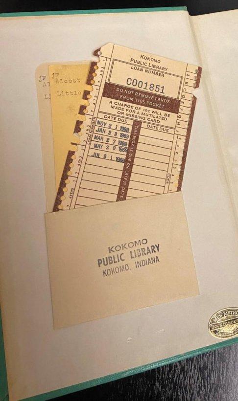 Carte returnată după 52 de ani de când a fost împrumutată