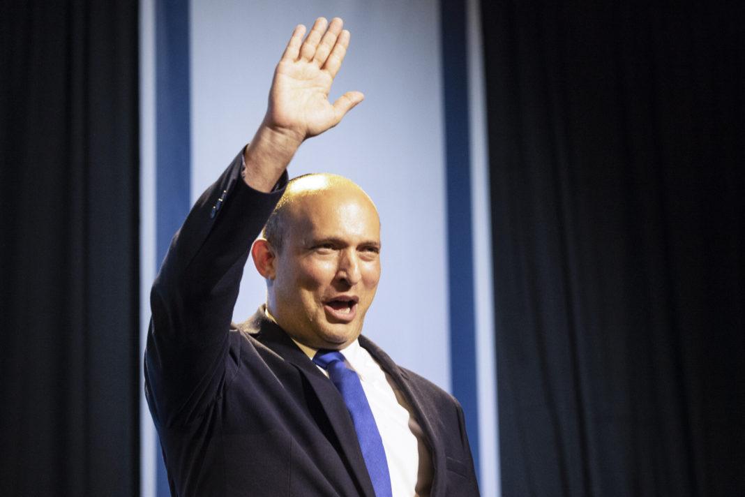Naftali Bennett, noul premier al Israelului, este un om de afaceri și om politic israelian, liderul partidului Noua dreaptă (AP Foto/Tsafrir Abayov)
