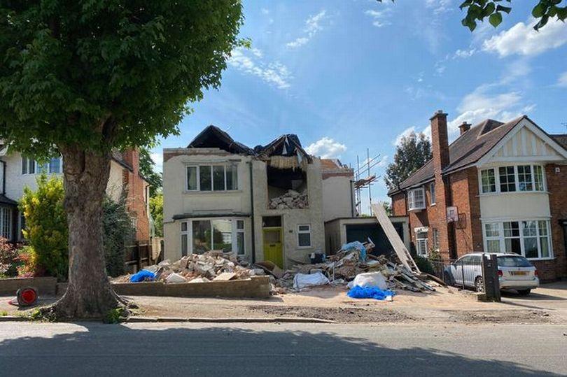 Casă demolată pentru o factură restantă la constructor
