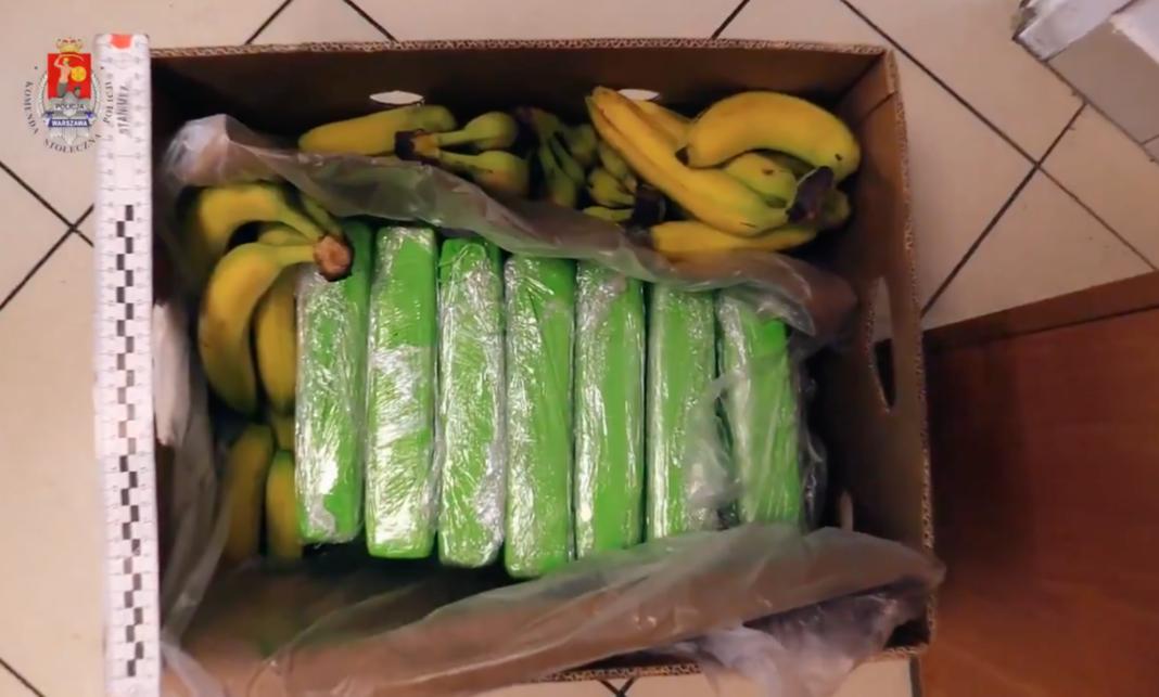 160 kg cocaină, ascunse în cutii de banane destinate Carrefour Polonia