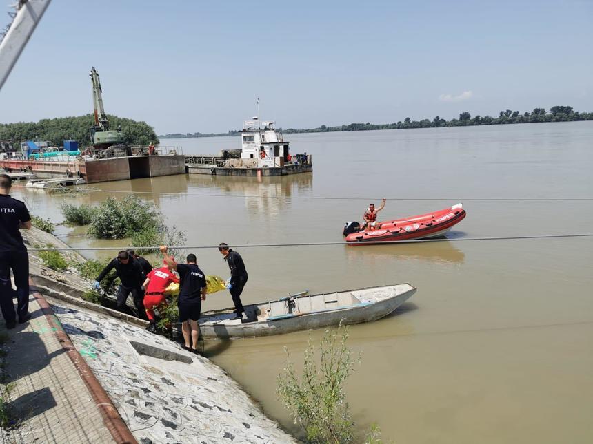 A fost găsită şi cea de-a doua fată înecată în Dunăre, la Isaccea