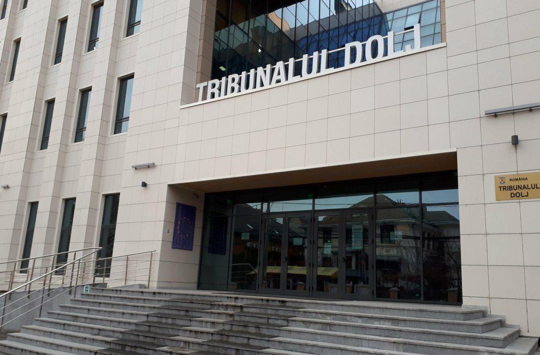 Judecător de la Tribunalul Dolj, suspendat din funcţie pentru şase luni