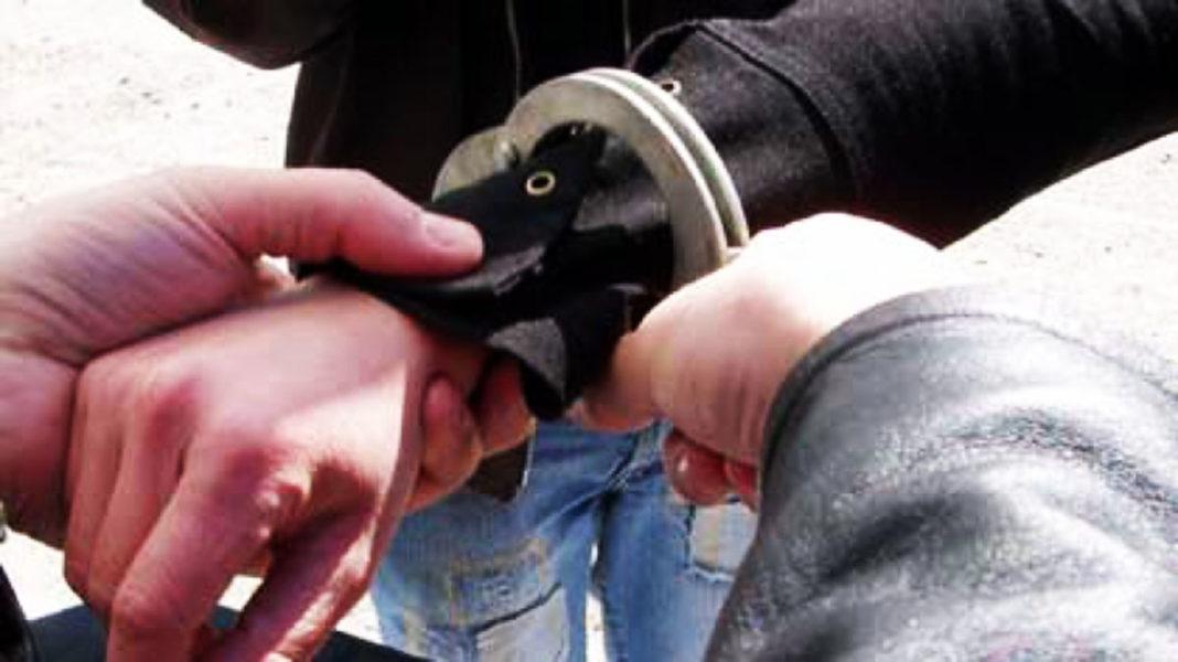 Doi români, arestați în Mexic pentru clonarea de carduri bancare