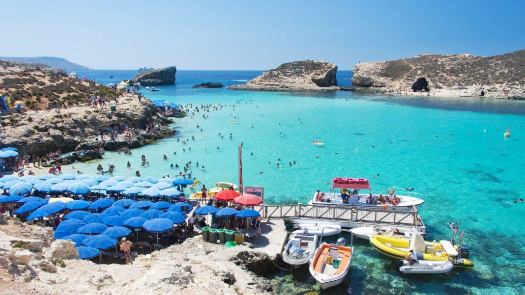 La presiunile Comisiei Europene, Malta renunță la închiderea frontierelor pentru nevaccinați