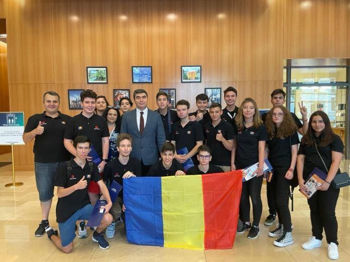 Echipa de Robotică a României, locul întâi la Campionatul Internaţional de la Chicago