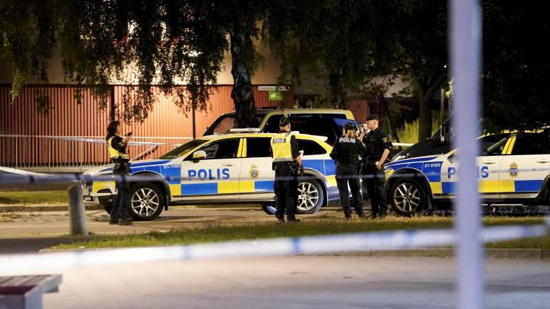 Un poliţist a fost împuşcat mortal în capitala Suediei